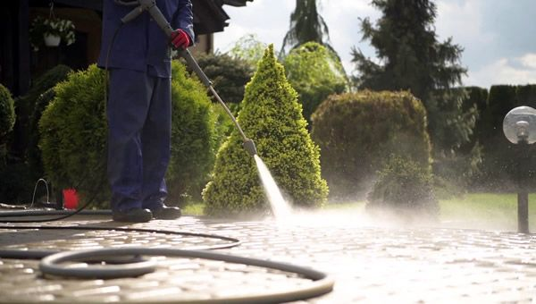 Mr. Dirt Blaster local partner Cousin's Power Wash LLC pressure cleaning services 0016