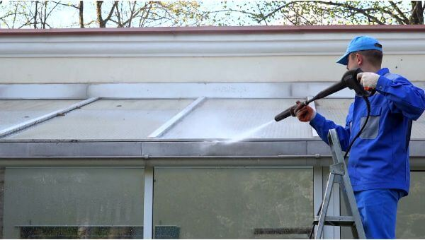 Mr. Dirt Blaster local partner Topaz Cleaning & Restoration pressure washing roofs 0060