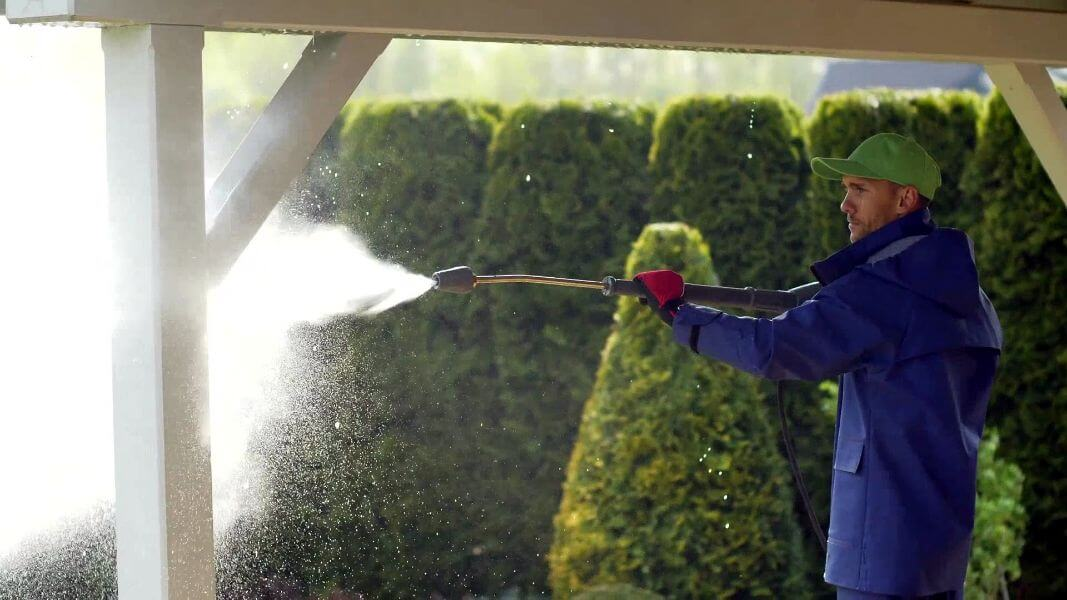 Mr. Dirt Blaster local partner Power Wash Services pressure washing services 0039