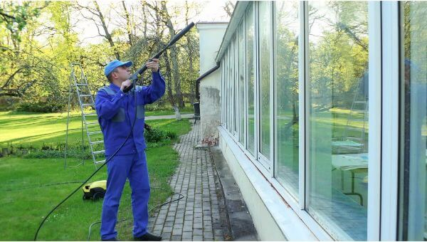 Mr. Dirt Blaster local partner MDB Pressure Washing window washing 0026