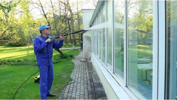 Mr. Dirt Blaster local partner MDB Pressure Washing window washing 0043