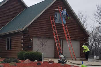 Pressure Washing and Staining in Dubuque, IA